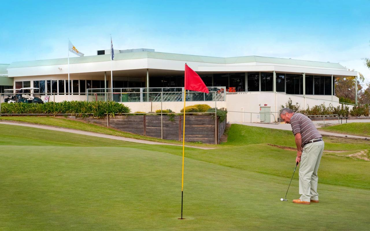 cluBarham Golf Resort - Accommodation Great Ocean Road