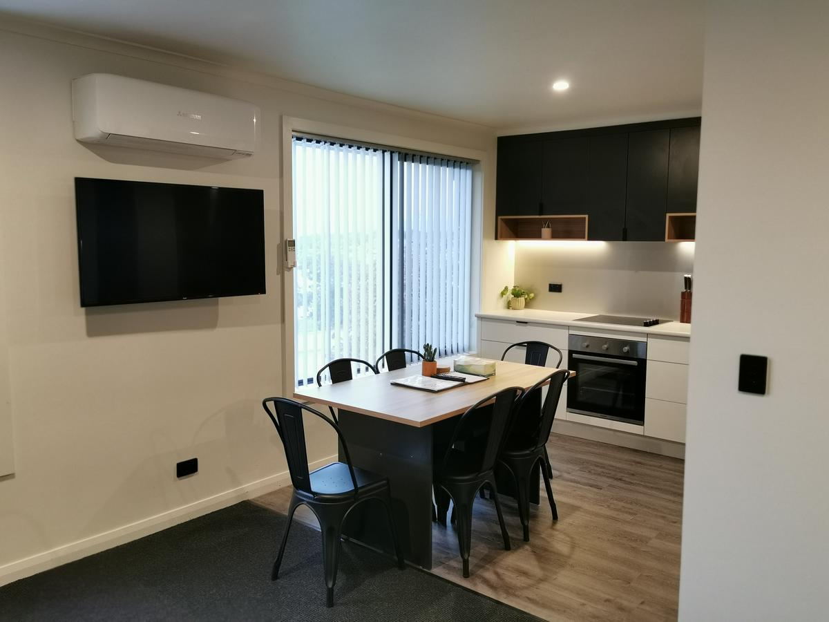 Youngtown Executive Apartments - Accommodation Great Ocean Road