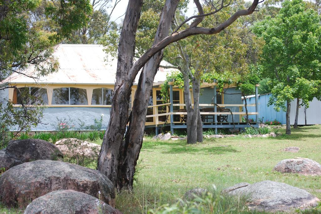 Twisted Gum Vineyard Cottage - Accommodation Great Ocean Road