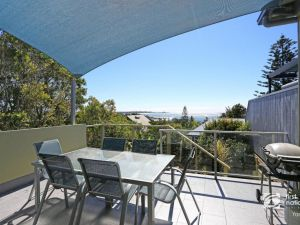 Angourie Blue 1 - Great Ocean Views - Surfing beaches - Accommodation Great Ocean Road